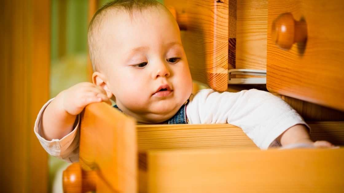 how to lock drawers from toddlers